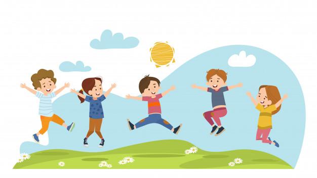 Дети на полянке радуются