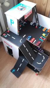Большой гараж парковка для машинок