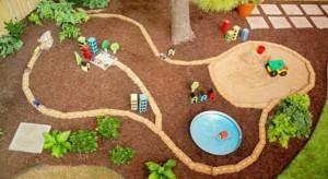 Детский город на улице