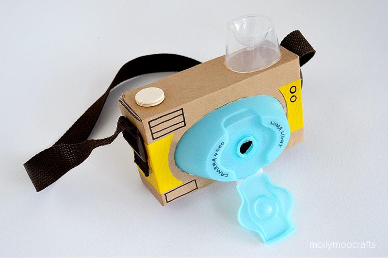 Поделки из картона - фотоаппарат