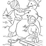 Картинка дети лепят снеговика